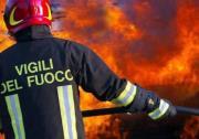 Incendio divampa in un'abitazione nel Catanzarese, sgomberata famiglia