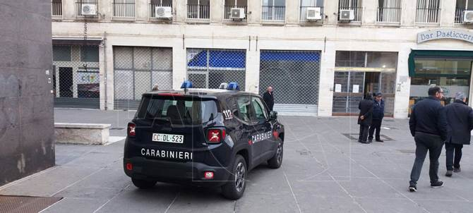 Carabinieri al Comune di Cosenza