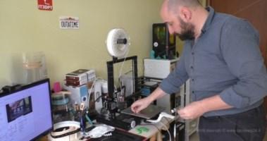 Dispositivi di protezione stampati in 3D nel catanzarese: l'artigiano digitale