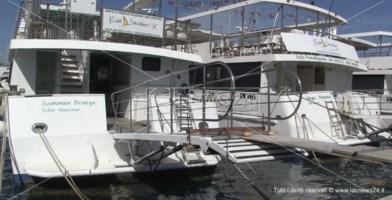 Coronavirus e crisi vacanze, navi ferme a Vibo Marina: addio tour alle Eolie?
