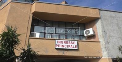 Punto nascita di Cetraro ancora chiuso, il sindaco: «Ci penserà il Comune»