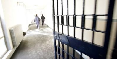 Rossano, detenuto aggredisce due agenti. Il sindacato Sappe: «Situazioni al limite»
