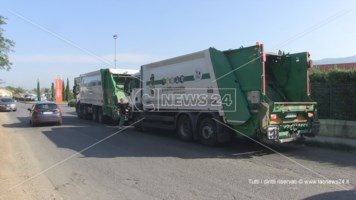 Emergenza rifiuti a Cosenza, il sindaco minaccia di denunciare Calabra Maceri