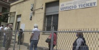 L'ufficio ticket chiuso a Vibo