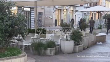 Cosenza, titolari di bar e ristoranti in piazza per una simbolica protesta