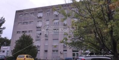 Ospedale di Praia, esami fermi per mancanza di protezioni anti-covid