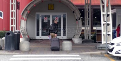Donna di Cosenza positiva sul volo Roma-Lamezia: passeggeri in quarantena