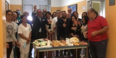 La festa dei sanitari del reparto malattie infettive del Gom di Reggio Calabria