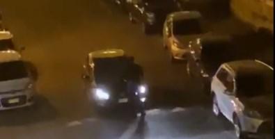 Lamezia, brandendo un coltello minaccia le auto di passaggio: fermato