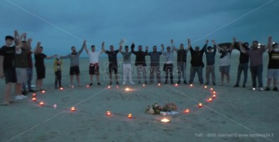 Soverato: i pescatori omaggiano Orlando, il guerriero che amava il mare