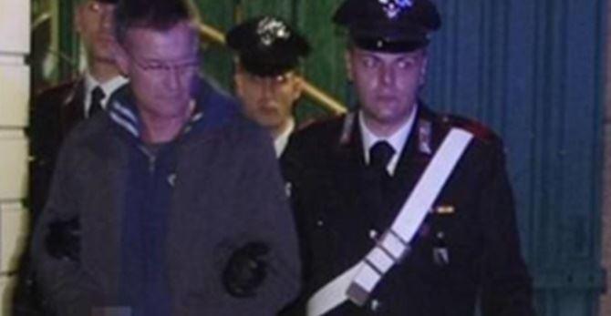 Massimo Carminati quando venne arrestato (foto La Stampa)