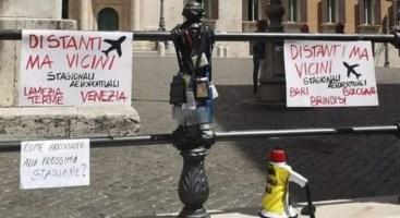 Stagionali aeroportuali, anche quelli di Lamezia in protesta a Roma: «Ci avete abbandonati»
