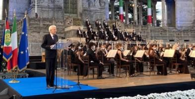 Mattarella a Bergamo: «Qui c'è l'Italia che ha pianto e che è stata ferita»