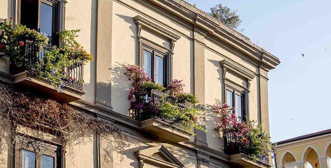 Il balcone in rosa di Castrovillari
