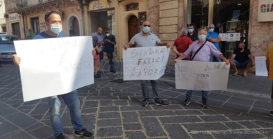 Gli ambulanti vibonesi in protesta