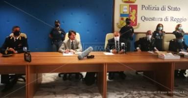 Arresti a Reggio Calabria, gli ordini dal carcere e le estorsioni: i dettagli dell'inchiesta Pedigree