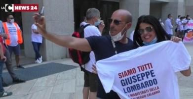 'Ndrangheta stragista, a Reggio sit-in a sostegno del pm Lombardo