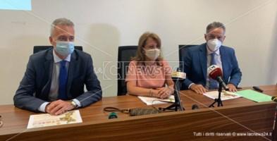 Al tavolo, Gianluca Gallo, Domenica Catalfamo e Salvatore Siviglia durante l'incontro con la stampa