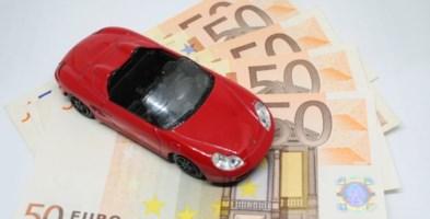 Vendevano false Rca auto su internet: sgominata banda attiva dal 2012