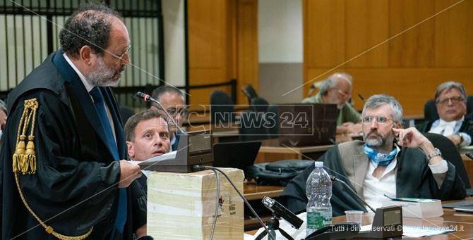 L'avvocato Antonio Ingroia durante il processo 'Ndrangheta stragista