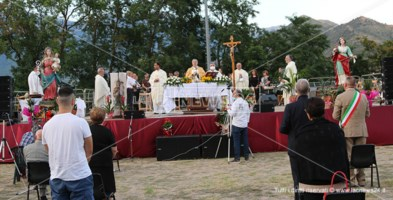 La celebrazione presieduta dal vescovo Francesco Savino