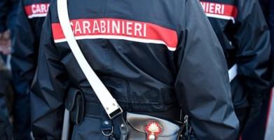 Corigliano-Rossano, 30enne pronto a dar fuoco a un'auto bloccato dai carabinieri
