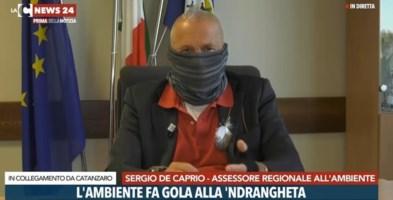 L'assessore De Caprio durante la trasmissione Prima della notizia