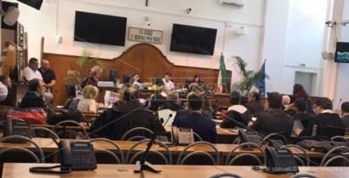 Processo a Lucano, l'ex vescovo Bregantini: «Migranti energia vitale per Riace»