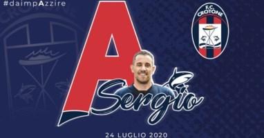 Il Crotone dedica la Serie A al preparatore atletico morto: «Sergio li ha fatti correre da lassù...»