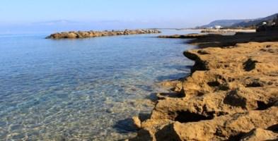 Pizzo, la beffa delMalferà beach:l'oasi per disabili chiusa dal Comune