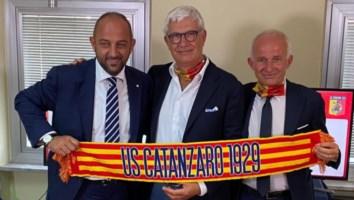 Il presidente Noto insieme al dg Foresti e al ds sportivo Cerri