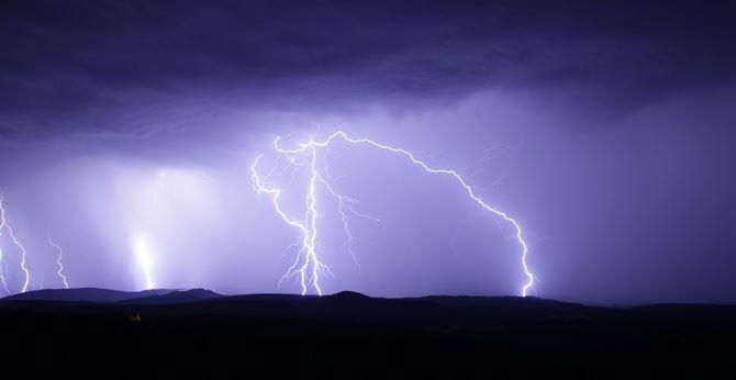 Allerta meteo a Reggio Calabria, appello del Comune: «State a casa»