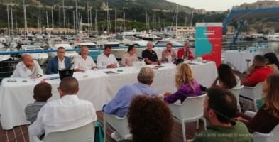 Porto Tropea, inaugurata la personale di Alex Pinna: aperta fino al 20 settembre