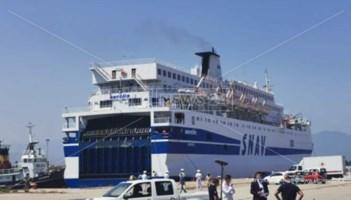 Una delle navi per la quarantena dei migranti già attive