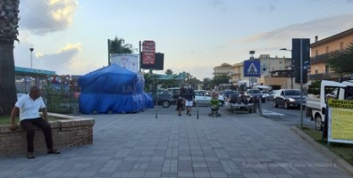 """Turismo, nasce il comitato dei """"villeggianti"""" di Falerna e Gizzeria: «Vogliamo servizi, non siamo bancomat»"""