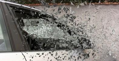 Teppista beccato con l'esame del Dna: aveva danneggiato 5 auto ad Aprigliano