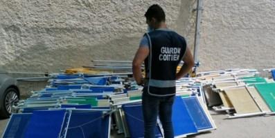 Baia di Riaci a Ricadi, blitz della Guardia costiera in diversi lidi abusivi