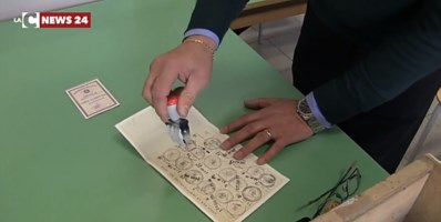 Elezioni Calabria, si vota a San Valentino: Spirlì firma il decreto che fissa le urne al 14 febbraio