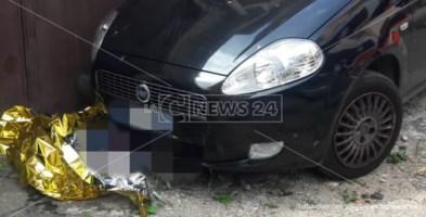 Incidente a Corigliano Rossano, morto 86enne travolto dalla sua auto