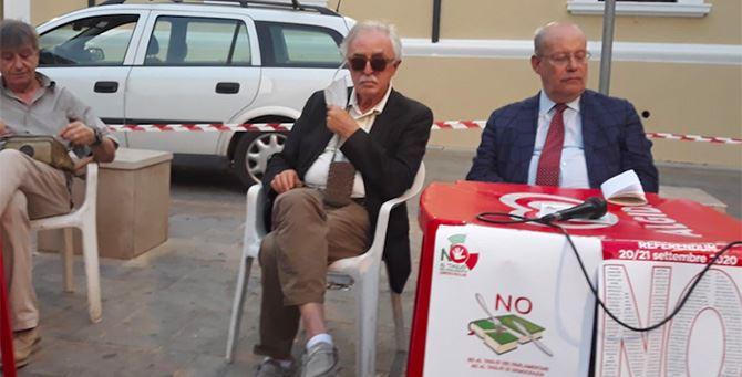 Alfonso Gianni con Roberto Laghi durante l'incontro