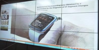 Riconoscere un attacco cardiaco dallo smartwatch, la sperimentazione a Catanzaro