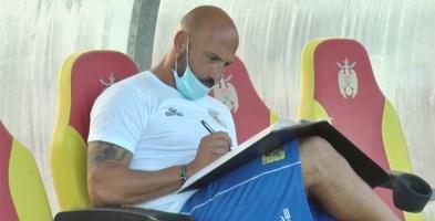Il tecnico giallorosso Antonio Calabro