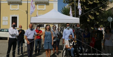 Il sottosegretario Orrico insieme ai candidati del Movimento Cinque Stelle