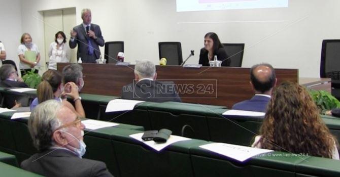 La presidente Santelli alla conferenza stampa sull'agricoltura