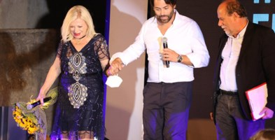 Sandra Milo sul palco dell'I-Fest insieme a Panebianco e Zappoli