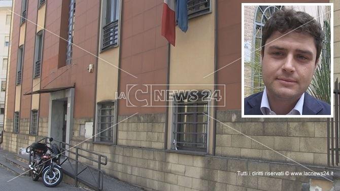 La sede dell'Atp di Cosenza. Nel riquadro il deputato Melicchio