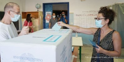 Elezioni comunali, gli exit poll nelle principali città italiane dove si è votato
