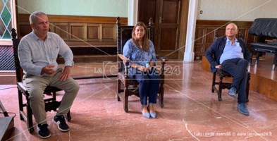 Squillace, Lobello e Capellupo nel corso della conferenza stampa di presentazione in Comune a Catanzaro