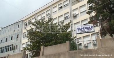 Coronavirus: infermiera positiva nell'ospedale di Soverato, il sindaco Alecci invita alla calma