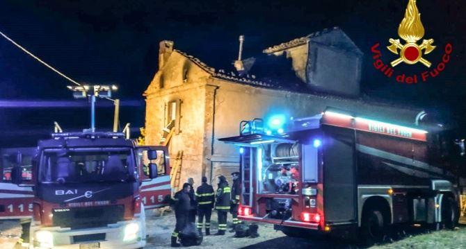 L'incendio ad Acri